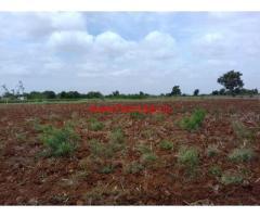 6 acres plain agriculture land at Hunusenahalli - Gowribidnur
