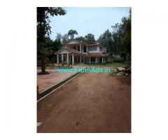 6 bhk big bunglow for sale near to Madikeri, 1 Acre Estate, Murnad Rd