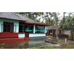 Heritage Farm House in 15 Cents Land for Sale near Poinachi