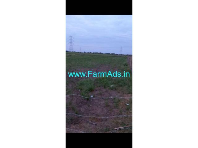 30 guntas land for sale near Komuravelli kaman