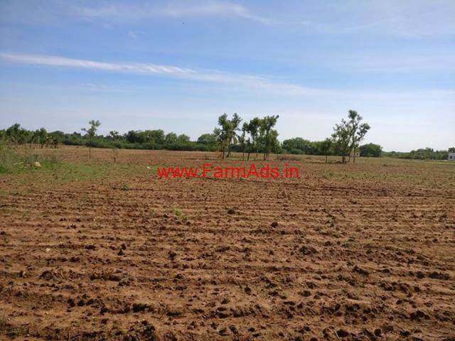 14 Acres Farm Land for sale in Madhugiri - Tumkur